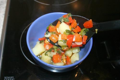 30 - Etwas Gemüse entnehmen / Remove some vegetables