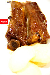 Caramelised Roasted Ribs