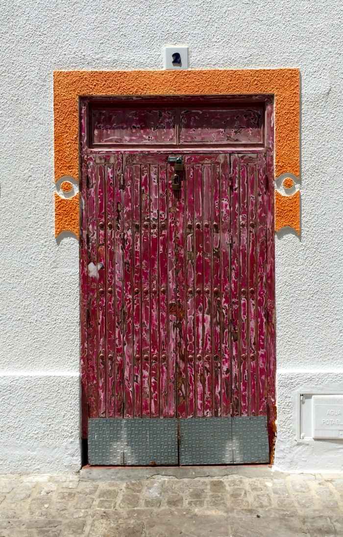 Tarifa-Spain-town-door-Christine-Cameron-My-Style-Pill20