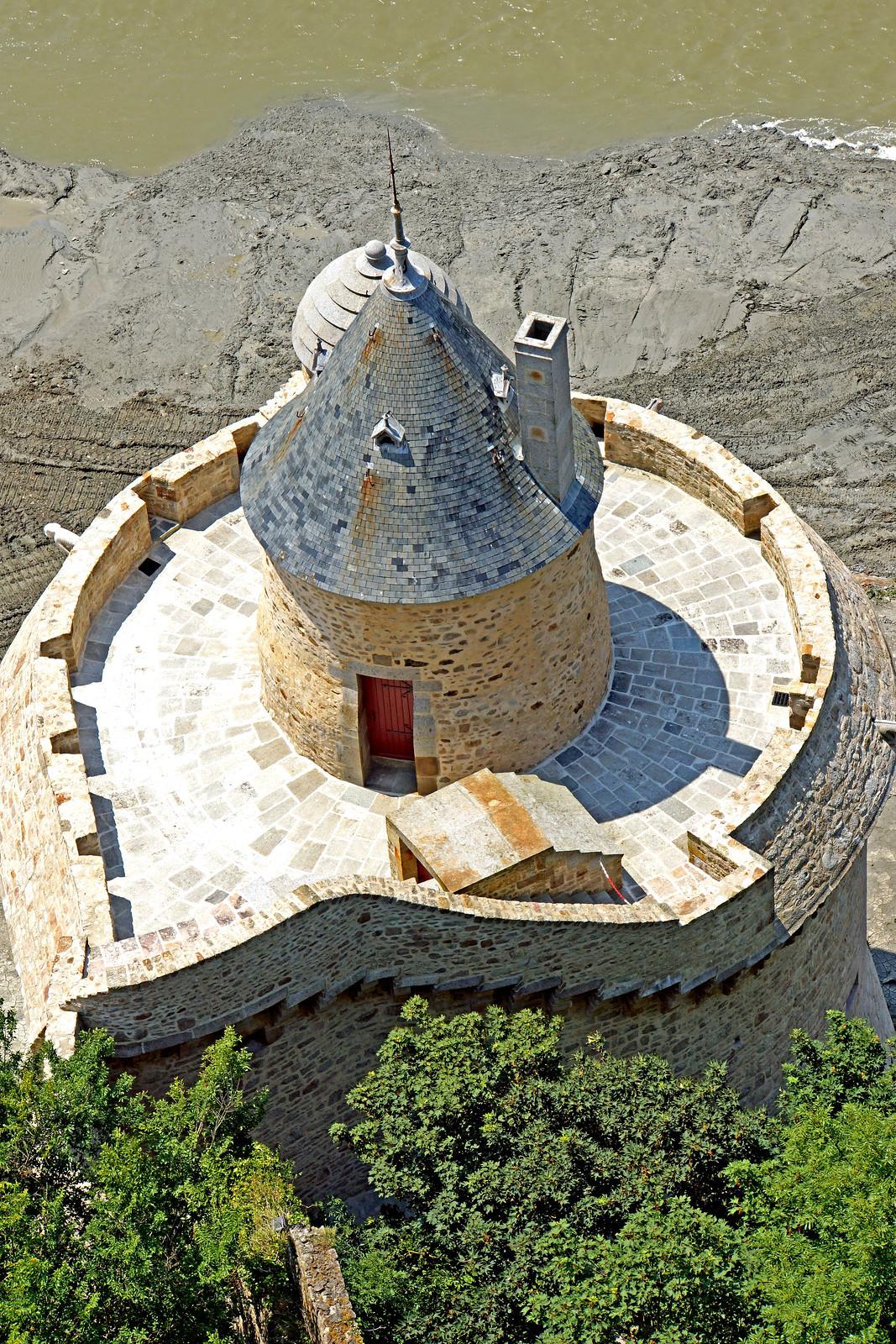 France-000924 - Gabriel Tower