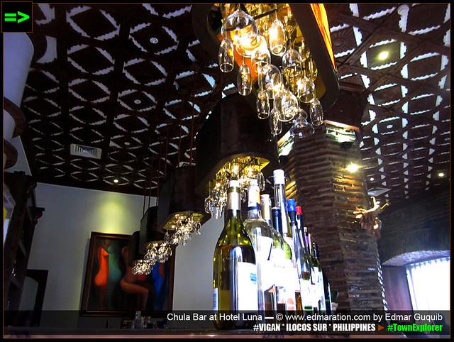 [VIGAN] Chula Bar, Hotel Luna
