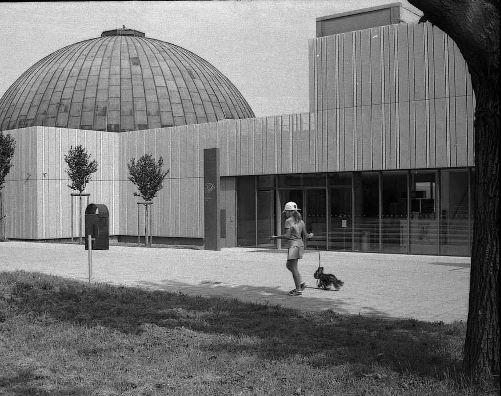 Lomo 135VS - Brno Observatory and Planetarium and Little Girl with Doggie