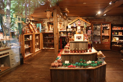 The shop at Sucrerie de la Montagne