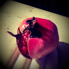 Pomegranate #summerisending #melograno