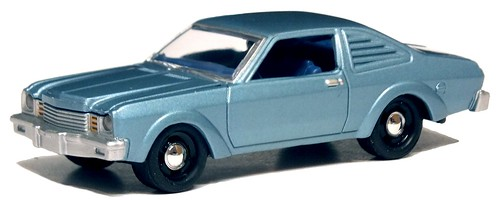 35 Johnny Lightning Dodge Aspen R-T 1976