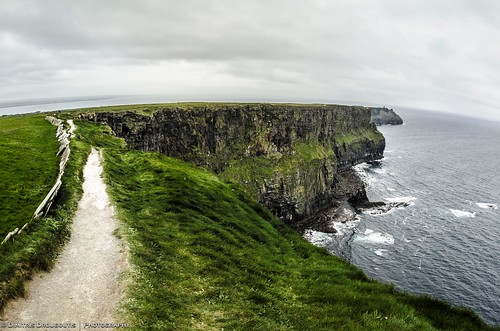 ocean travel blue ireland sea green nature clouds photography landscapes photo nikon europe view photos sigma cliffsofmoher travelphotography landscapephotography sigmalens nikond3