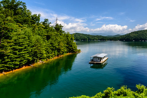 lake water river boat unitedstates july houseboat northcarolina greatsmokymountains greatsmokymountainrailroad 2014 brysoncity fontanalake