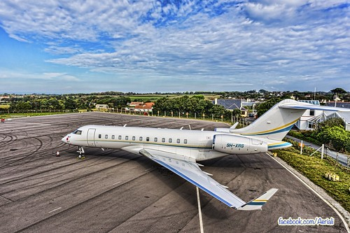 airport view jet aerial pole 5000 guernsey global bombardier bd7001a11 9hxrs