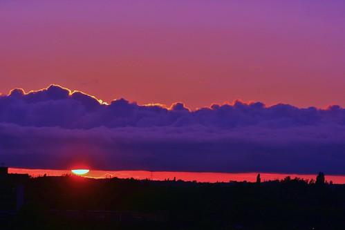 sunset sky art silhouette orangesky walsall colourfulsky yellowsky sunsetporn sunsetlovers sunsetstream sunsetmadness sunsetsniper skyawards skyaddiction sunsethd artsyheaven walsallsunset splendideditz
