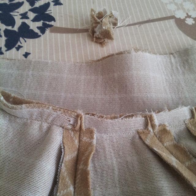 collar to jacket trim seams to reduce bulk