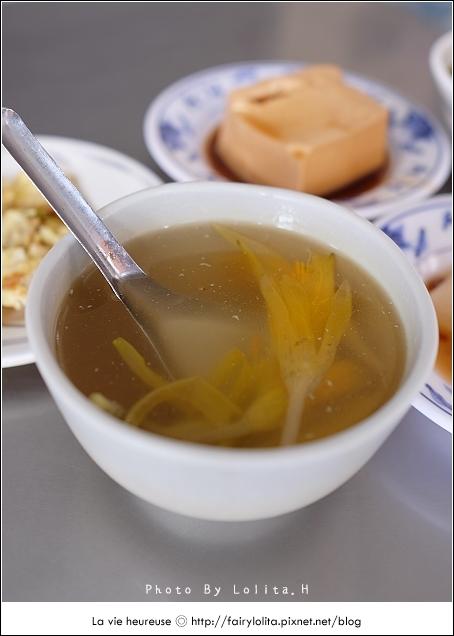 14720083167 a932f47057 o - 《台中♥食記》蕭爌肉飯 大川醬油。在地排隊店,讓人一吃就上癮的銅板小吃