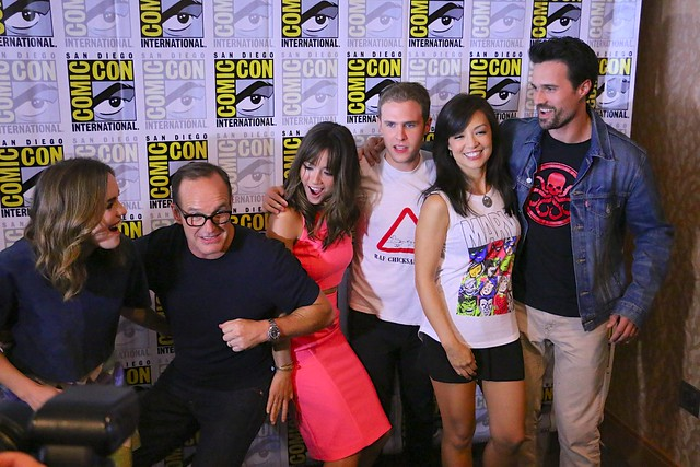 Agents of SHIELD and Agent Carter cast at San Diego Comic-Con 2014