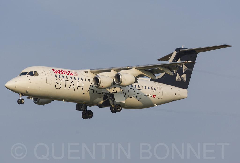 Swiss British Aerospace Avro RJ100 HB-IYU