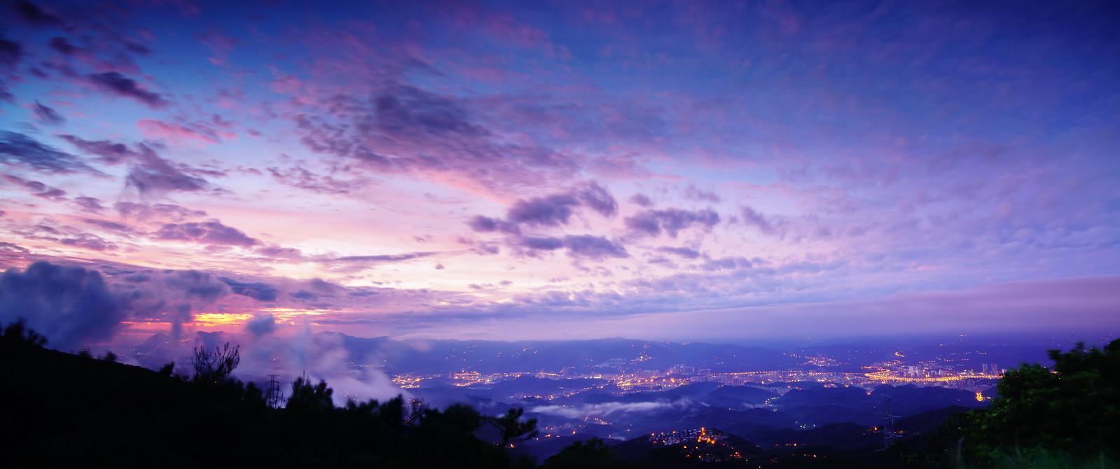 五指山。日出