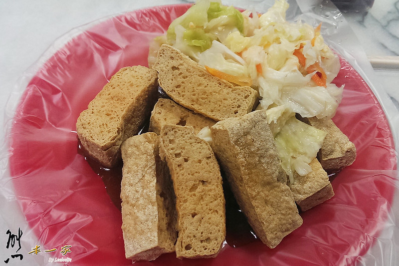 清水祖師爺廟前臭豆腐