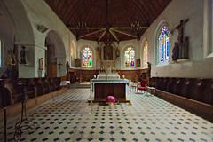 Intérieur de l'église Saint-Just de Bourth