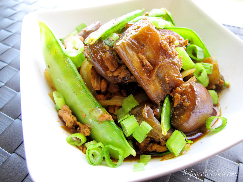 Cha Troap - Cambodian Stirfried Eggplants with Turkey and Snow Peas