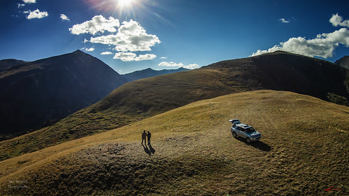 mountains grass colorado mt flight denver toyota 4runner treeline democrat tundra 14ers arial mtlincoln djiphantom2vision