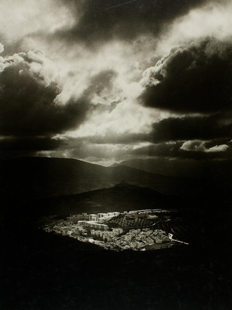 landscape-mono-6