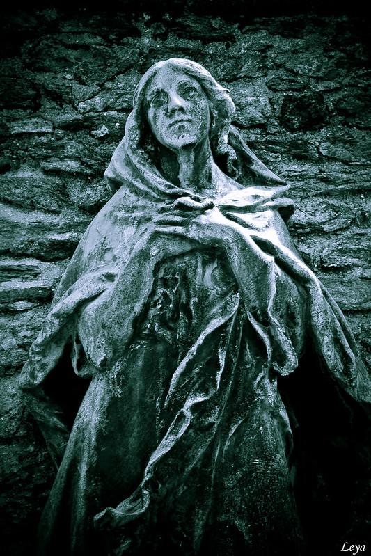 dame de pierre