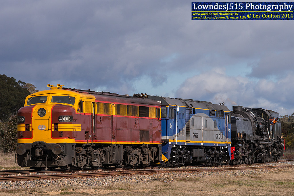 4403, 44208 & DC6029 at Bungendore by LowndesJ515