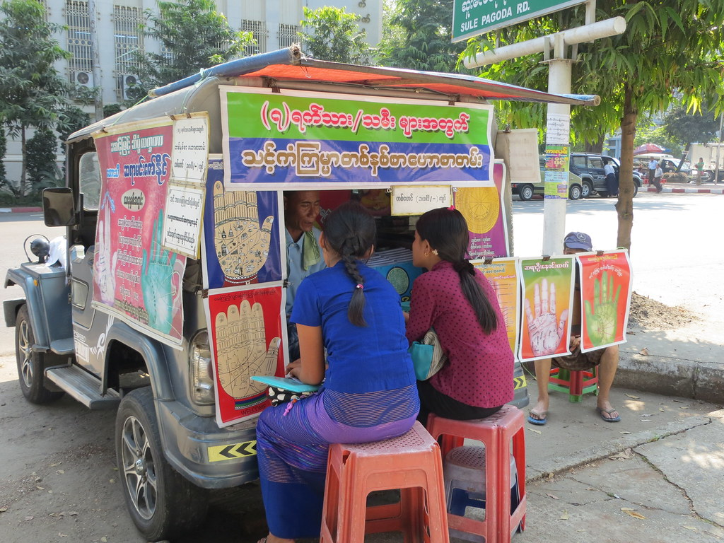 Bangkok ja Yangon 352