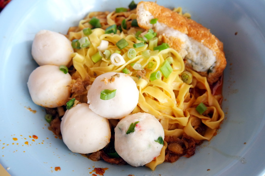 Toa Payoh Food Guide: Song Kee Kway Teow Noodle Soup