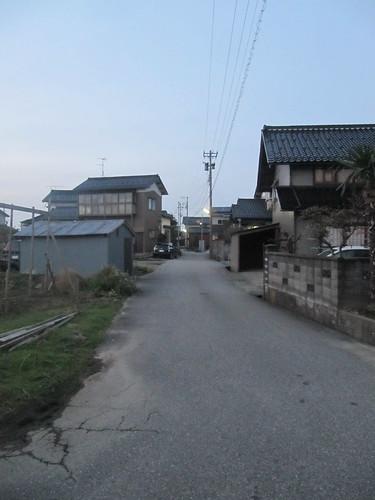 金沢競馬場から路線バスで帰ろうとして八田の集落にたどり着いた