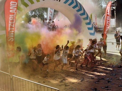 Départ de la COLOR RUN
