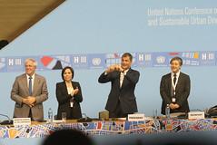 10/20/2016 - 19:43 - Quito, 20 oct (Andes).- Con la presencia del Presidente de la República Rafael Correa y Jean Clos, Secretario de HábitatIII, se llevó a cabo la clausura de la Tercera conferencia de Hábitat que se realizó en Quito-Ecuador. ANDES/Micaela Ayala V.