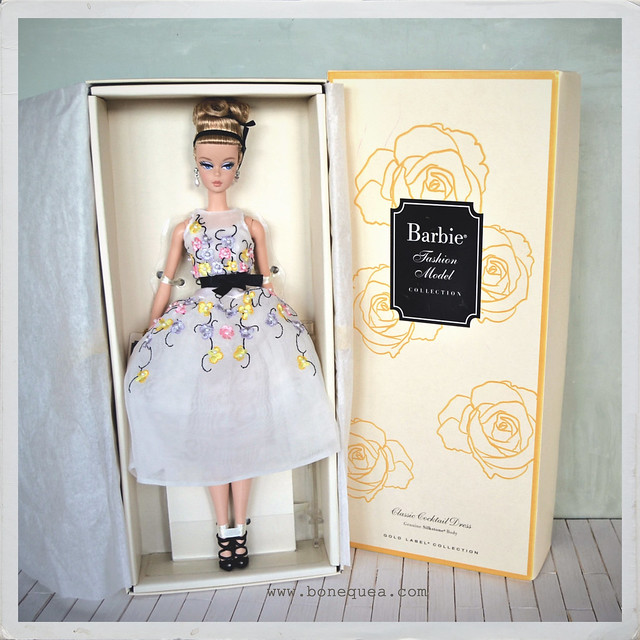Classic Cocktail Dress Silkstone Barbie