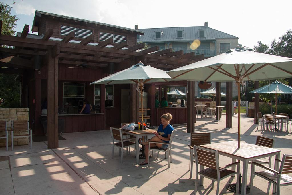 Outdoor restaurants at hotel