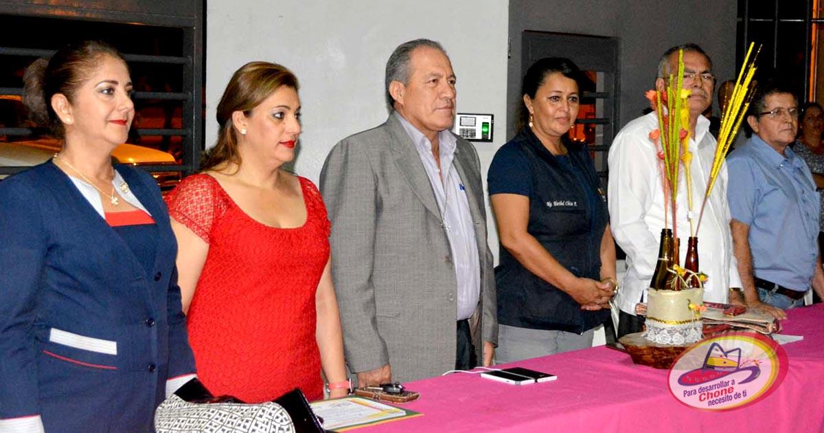 Lunes Cívico en la Unidad Educativa Magaly Masson de Valle Carrera