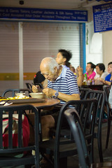 Singapore: Dinner for One