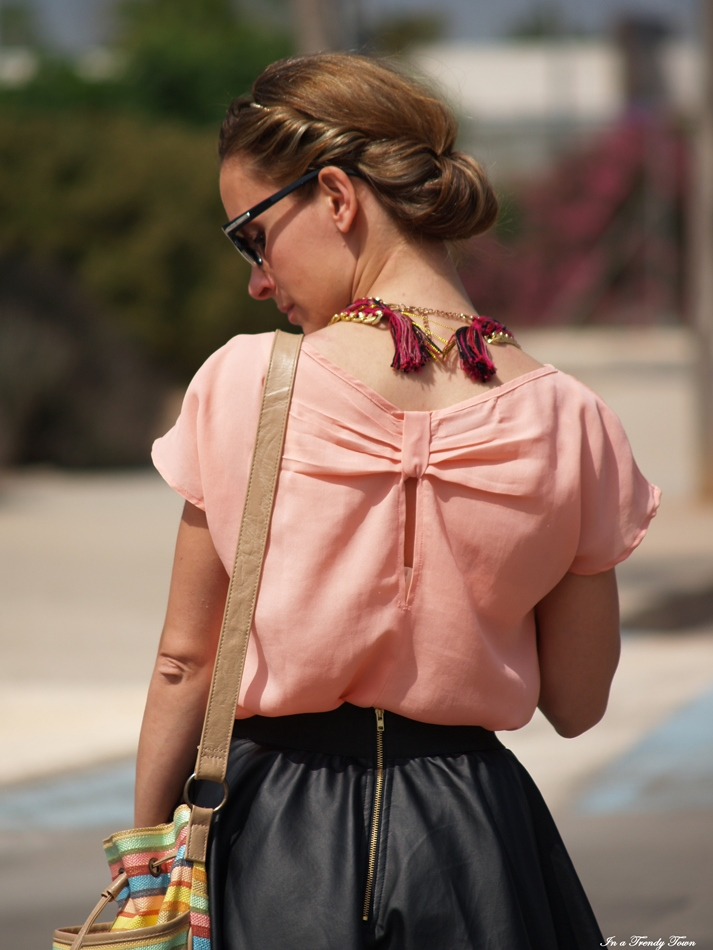 OUTFIT A LOVELY UPDO