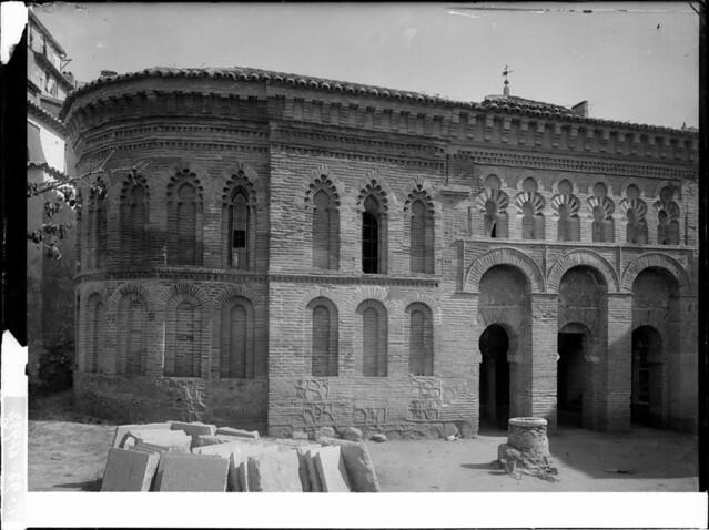 Mezquita del Cristo de la Luz a comienzos del siglo XX. Fotografía de J. Lacoste © MECD, Fototeca del IPCE, signatura VN-22615_P