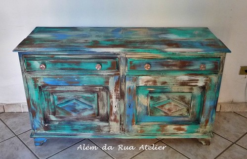 Como restaurar móvel antigo de madeira