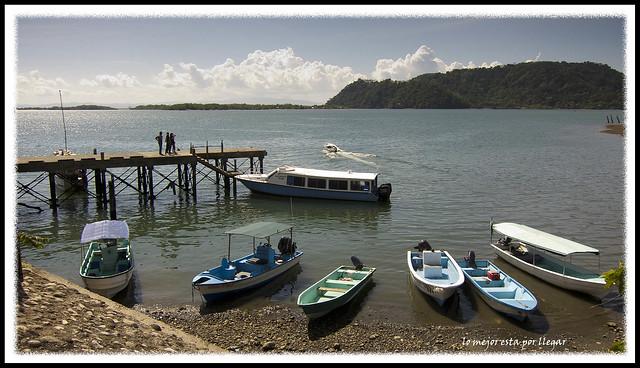 Paso de la frontera entre Panamá y Costa Rica por Paso Canoas