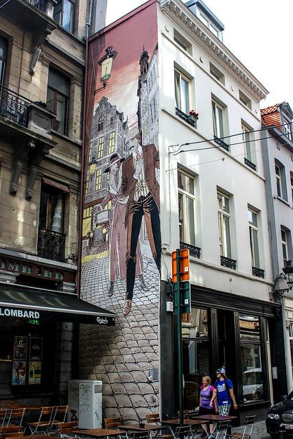 Victor Sackville - Francis Carin (mayo de 1992). cruce de Rue du Marché au Charbon/Kolenmarkt y Rue des Teinturiers/Verversstraat