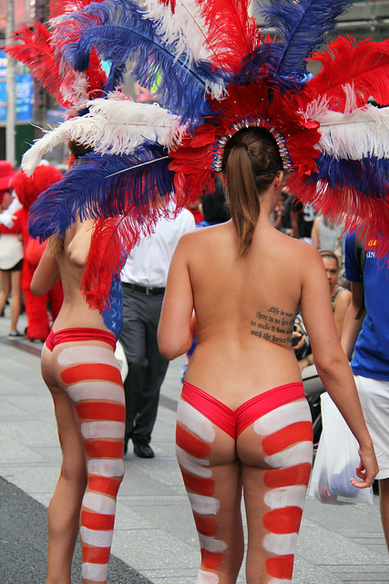 Women In Times Square In Nyc Wearing Only Body Paint -6652