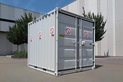Explosive container