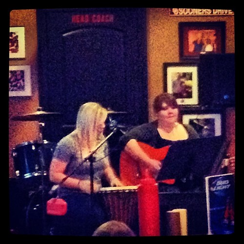Ashley and Angela at the FieldHouse #hmagigs #oklahomalivemusic