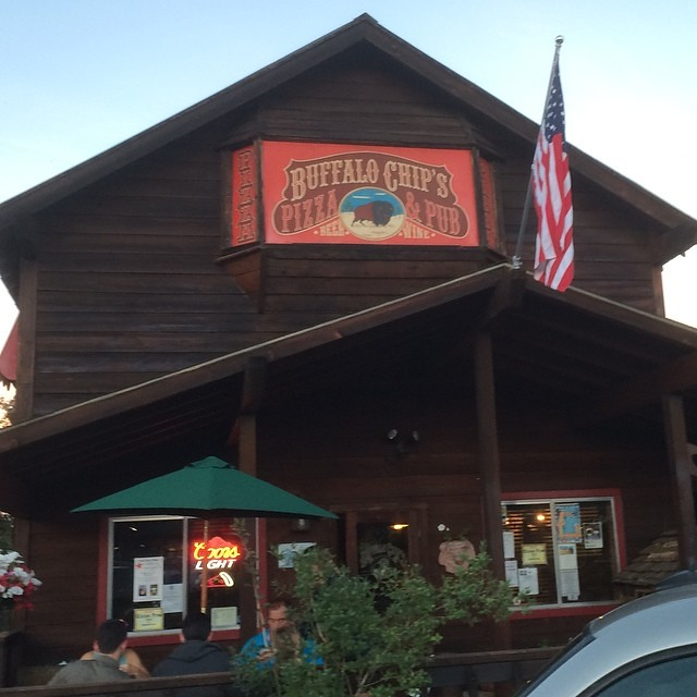 2014 Lake Almanor Day 1 - traditional first night dinner