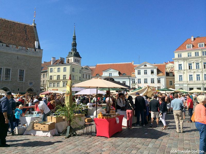 Tallinn_marketsquare2_web