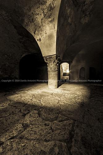 Abbazia di Santa Maria di Sitria - La cripta romanica (02926)