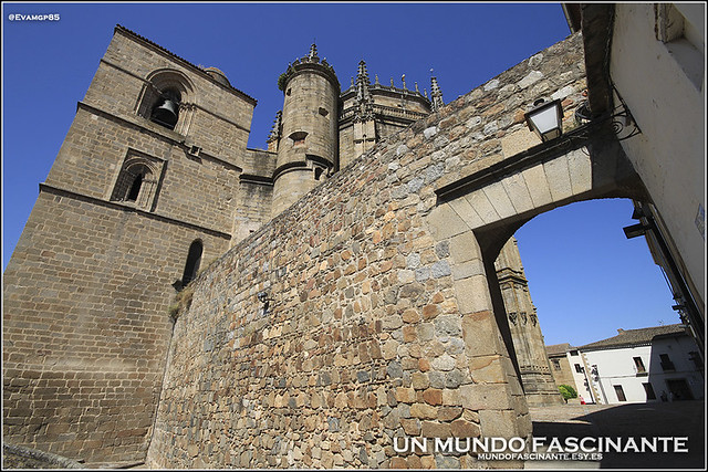 Catedral-Traseras01