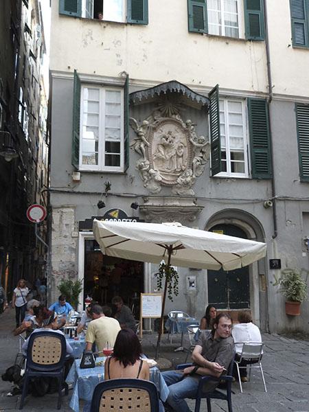 petite terrasse du centre ville