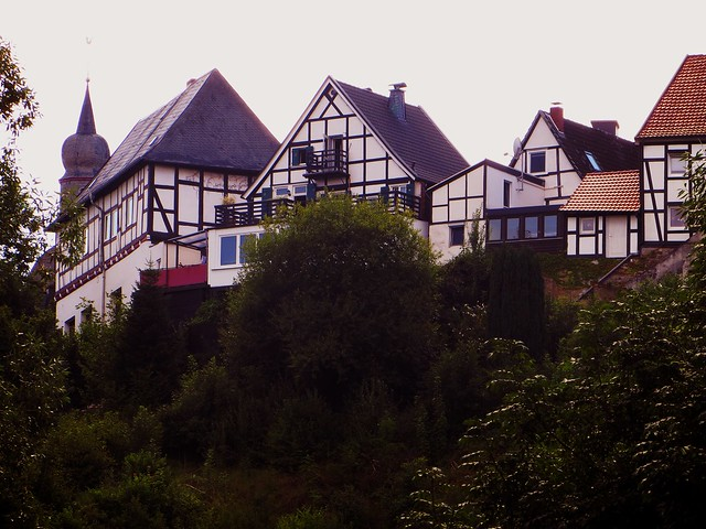 houses-on-the-hill