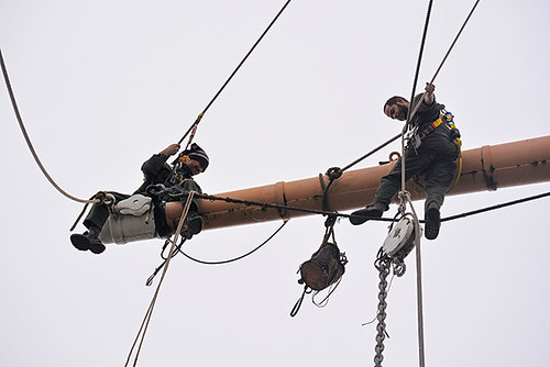 work aloft on Balclutha