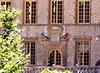 Fléchères : détail de la façade